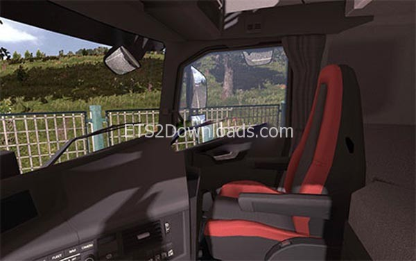 black-red-interior-for-volvo-fh16