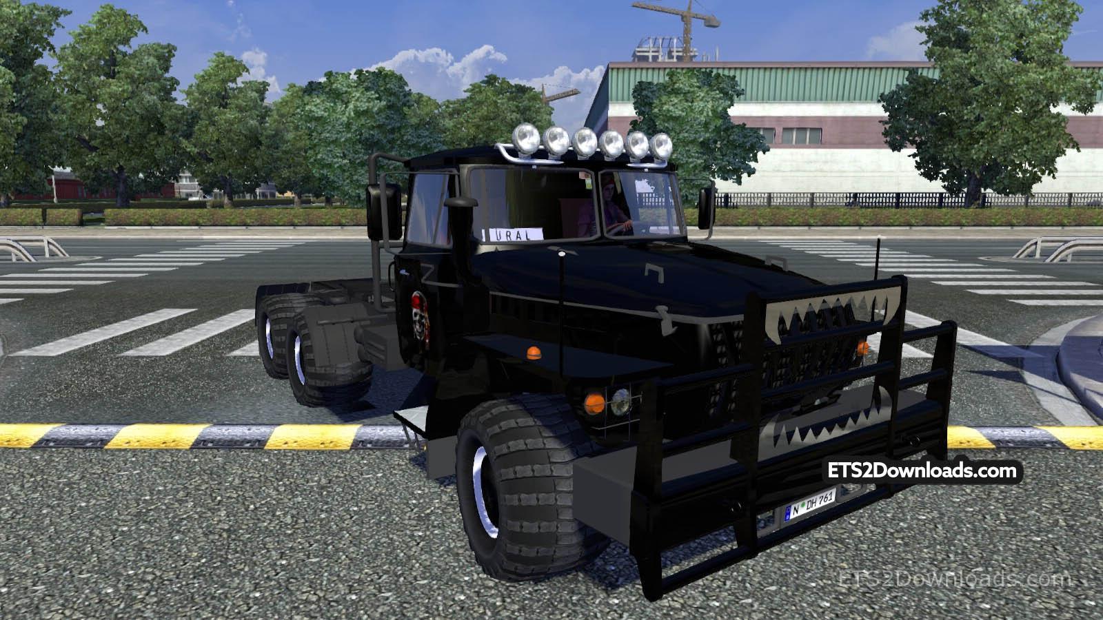 ural-43202-black-2