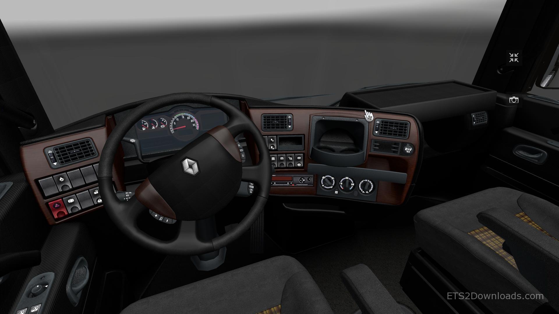 classy-interior-for-renault-magnum