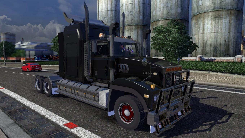 mack-titan-1