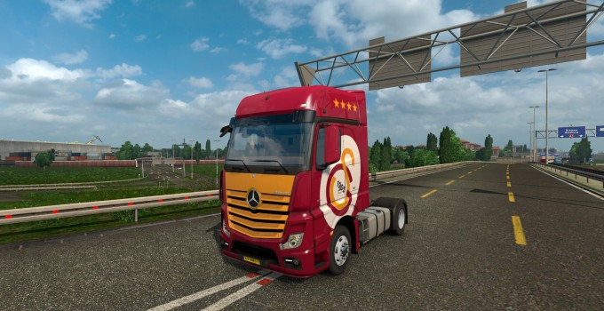 galatasaray-skin-for-mercedes-benz-actros-mpiv