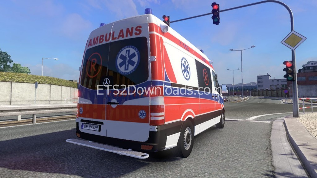 Mercedes-Sprinter-2nd-Generation-Polish-Ambulance-ETS2-3