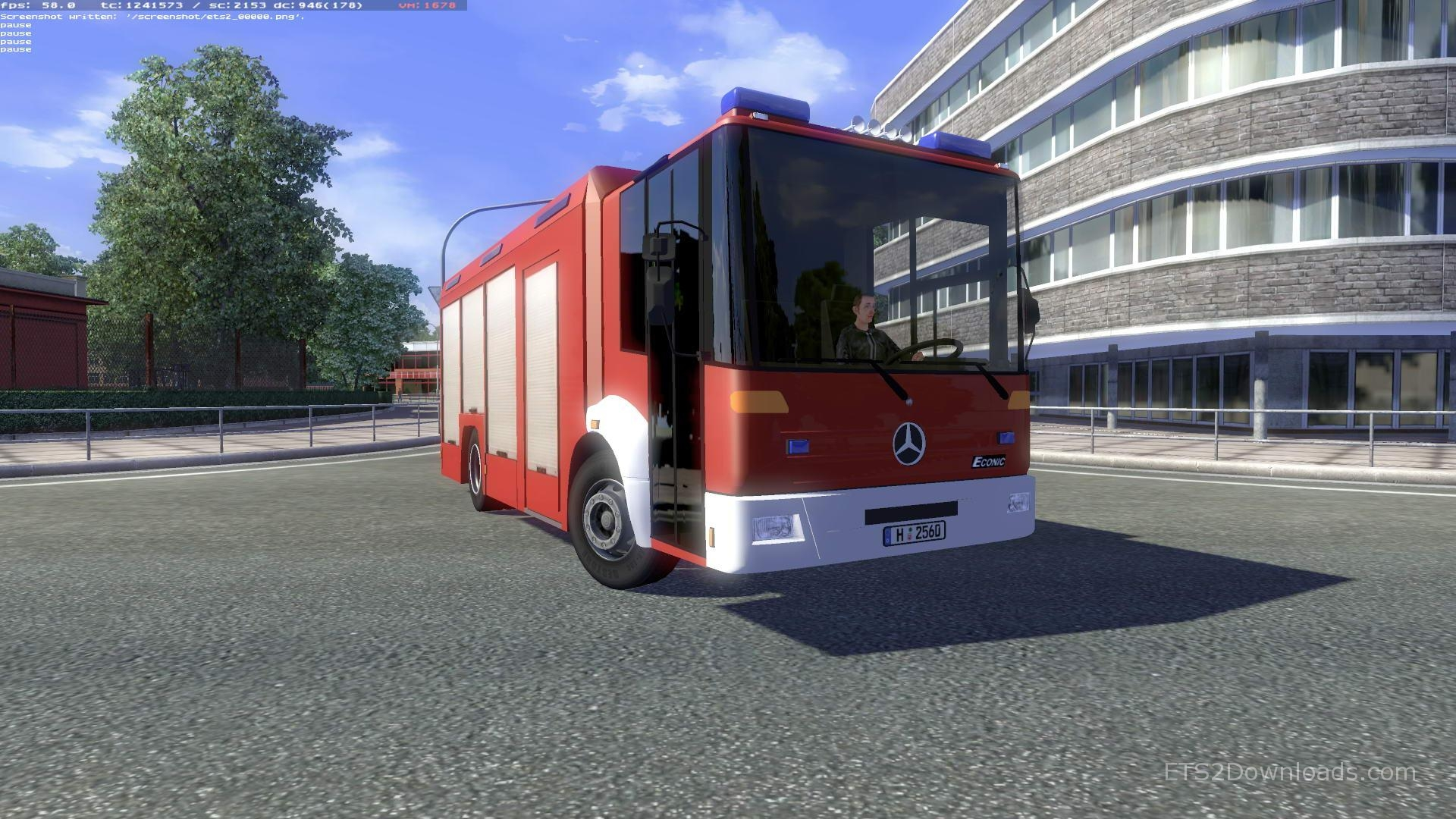 mercedes-benz-econic-bus-1