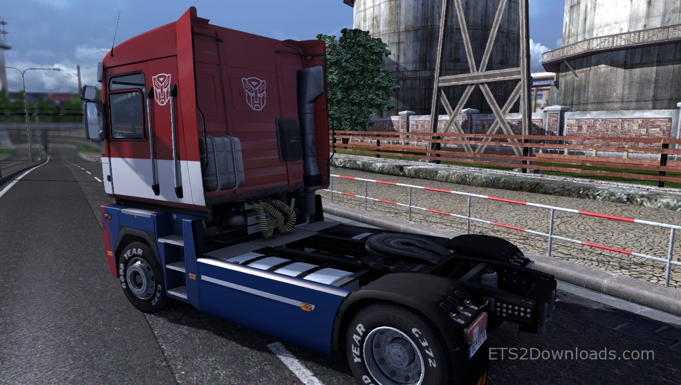 optimus-prime-skin-for-renault-magnum-2