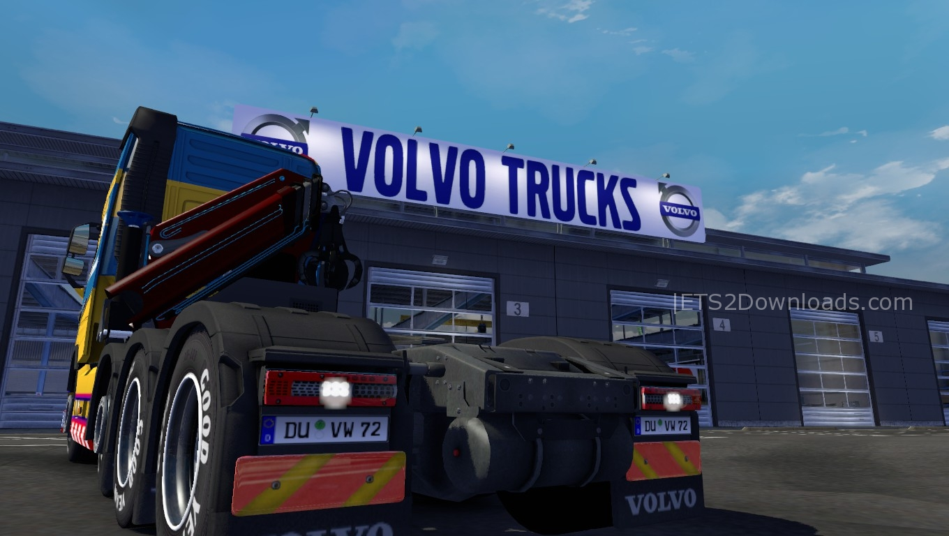 big-volvo-garage-1