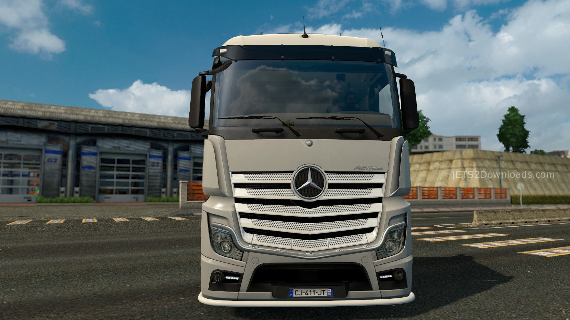Lowerd mercedes benz actros 2014 euro truck simulator 2 spot for 2014 mercedes benz truck