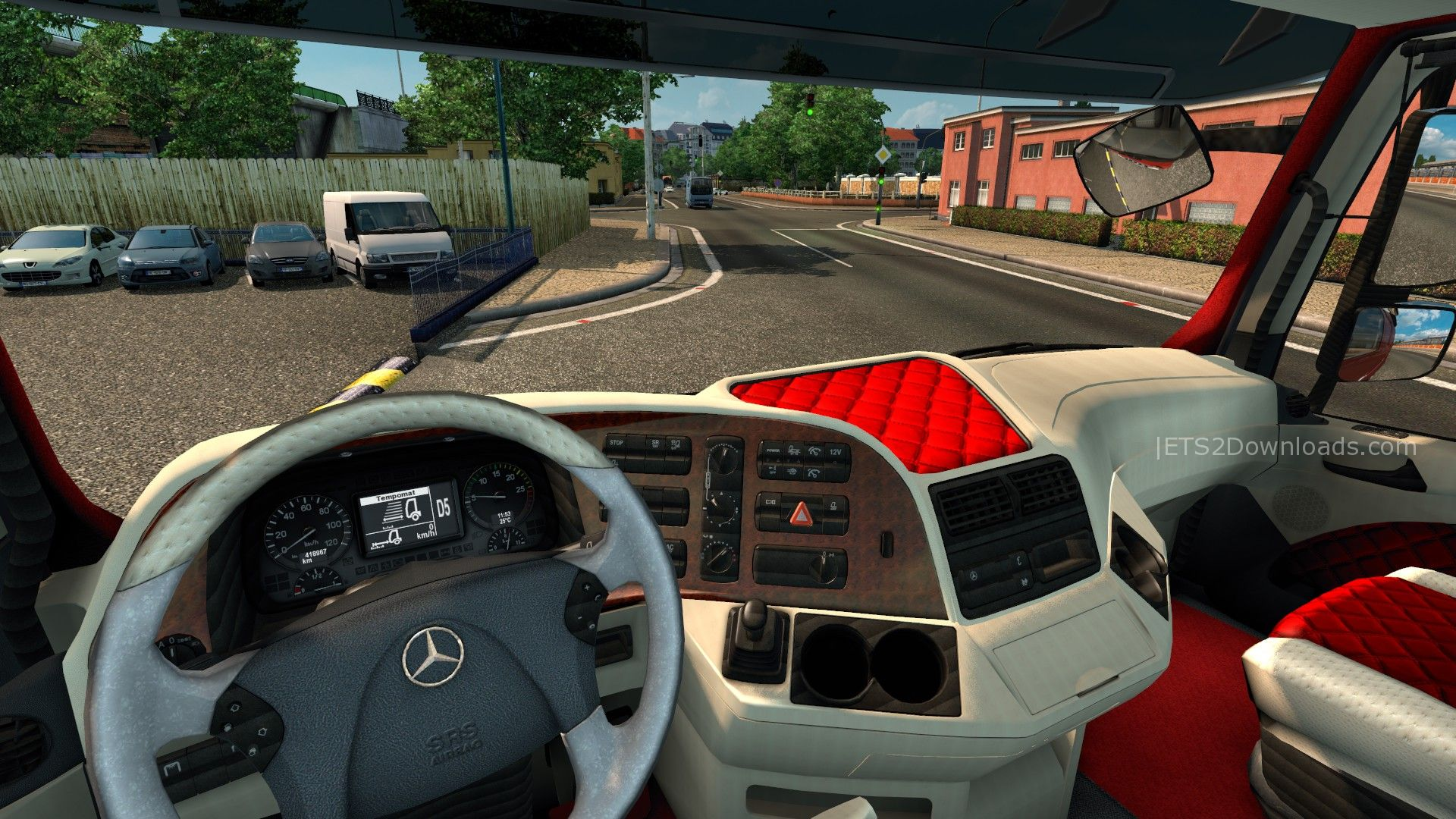 white-red-interior-for-mercedes-benz-actros-2009-2