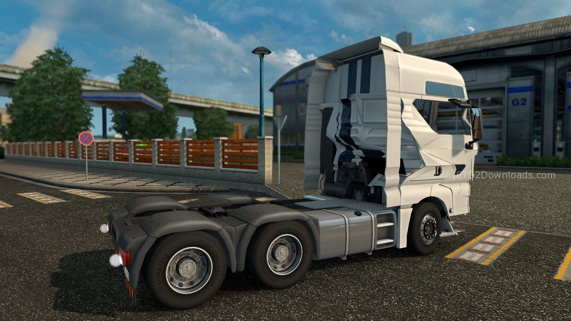 crashed-man-tgx-2