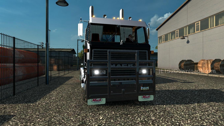 mack-ultraliner-ets2-v1-24-x-upgraded-5